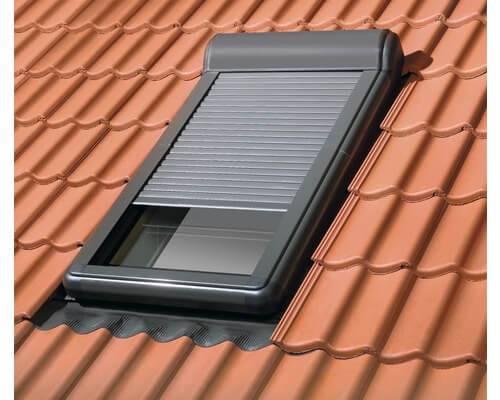FAKRO Außenrollladen ARZ Solar – Solar gesteuert