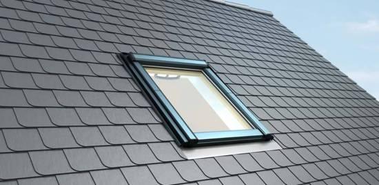 Roto Q4 aus Holz-Schwingfenster (Standard & Komfort Verglasung)