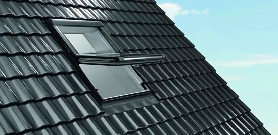 Roto Designo R69G K WD aus Kunststoff mit Wärmedämmung 3-fach Verglasung