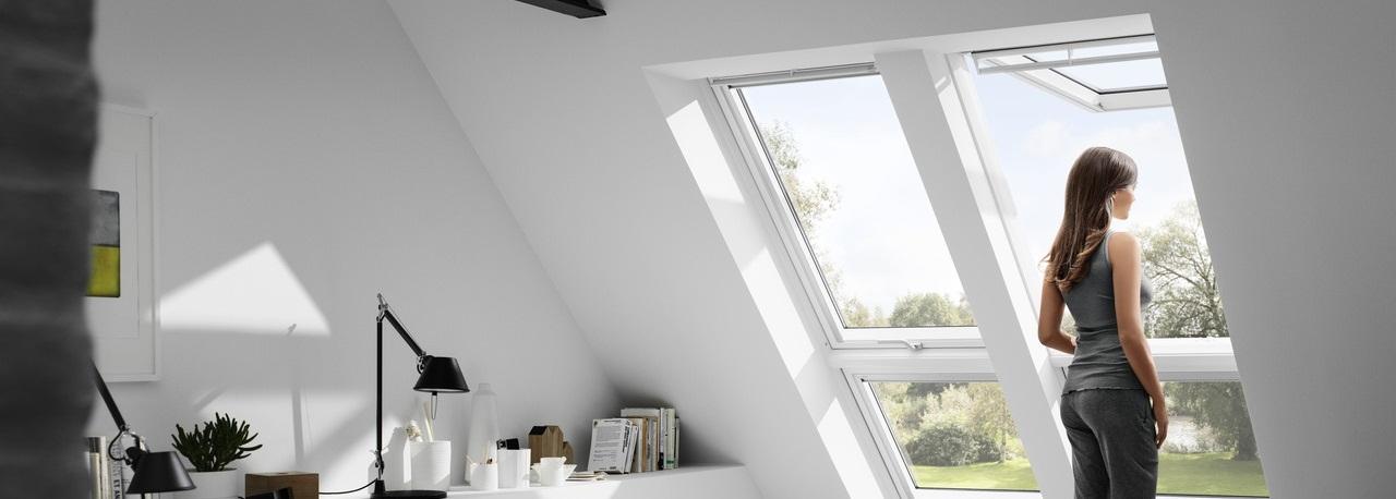 velux gpu 0070 thermo klapp schwingfenster aus kunststoff. Black Bedroom Furniture Sets. Home Design Ideas