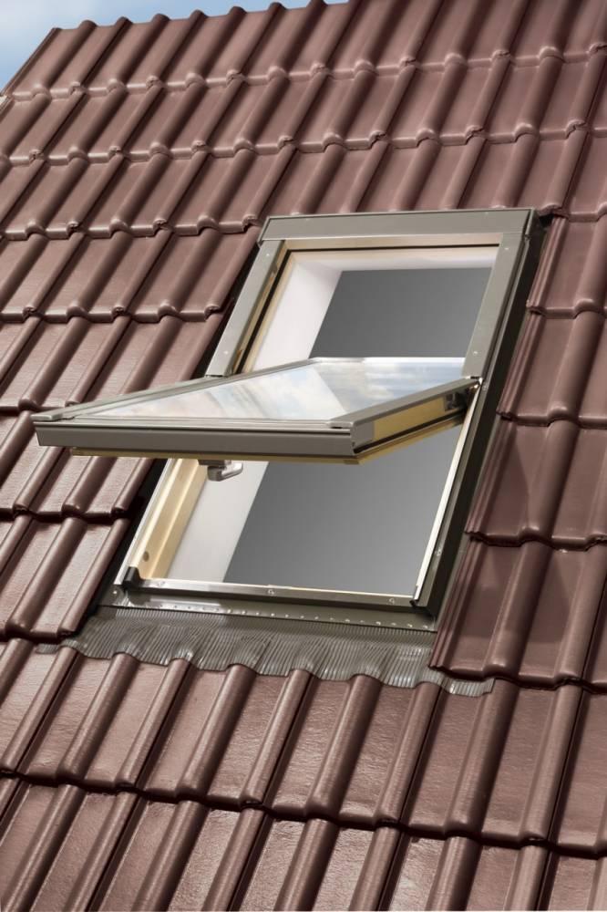 Dachfenster von Fakro Optilight Dachfenster mit Eindeckrahmen (Kronmat - FAKRO Konzern)
