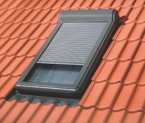 Dachfenster von Fakro FAKRO Außenrollladen ARZ-H