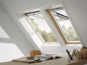 "Top Marken Klapp-Schwingfenster ""Thermo Technology"" von Velux (GPL)"