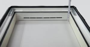 """Sparpaket """"Ice+"""" Roto Designo R75 K Hoch-Schwingfenster aus Kunststoff mit Eindeckrahmen inkl. Solar-Rollladen ZRO SF und Fernbedienung"""